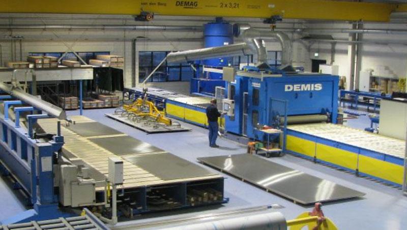 Extensive machinepark at Van Geenen.